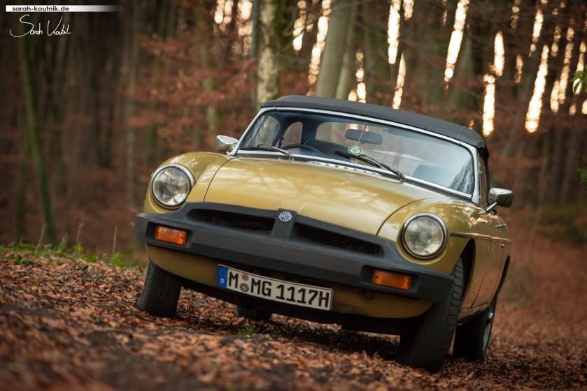 MG MGB Mk IV Fotoshooting Herbst | Oldtimerfotografie München
